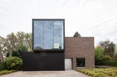 reconversion house L by CAAN Architecten / Gent