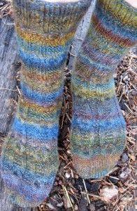 Hollow Oak Socks Knitting Pattern