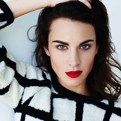 Alexa Chung red lips | Glamour Uk Beauty Crush: Makeup for brunettes. Style. Trends.