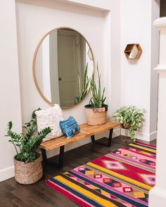 What You Can Do About Entryway Decor Small Apartment Therapy Starting In The. - For the Home - Apartment Decor Decoration Hall, Simple Home Decoration, Apartment Entrance, Small Apartment Entryway, Apartment Living, Modern Entryway, Entryway Ideas, Hallway Ideas, Door Entryway