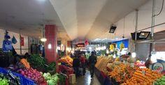"""Kar pazarda fiyatları uçurdu Sakarya'da 3 gündür yağan kar yağışı sonrasında meyve ve sebze fiyatları da etkilendi. Sakarya Sebzeciler ve Meyveciler Odası Başkanı Muzaffer Kabacan, """"Fiyatlar yüzde yüz artmış durumda"""" dedi. http://feedproxy.google.com/~r/dosyahaber/~3/mKfd4zGS24o/kar-pazarda-fiyatlari-ucurdu-h11148.html"""