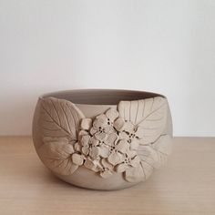 "173 Likes, 5 Comments - Selen Batılı (@selen.ceramic) on Instagram: "" #seramik #kase #tasarım #ceramics #keramik #bowl #pottery #handmade #clay #interiordesign…"""