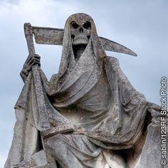 É natural termos medo da morte. Por isso, protegemos nossa vida. Mas o medo exagerado da morte, causado por superstições, pode tirar nossa alegria de viver.