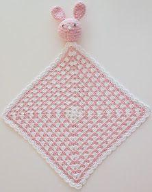 Blogi missä tehdään käsitöitä, sisustetaan vasta valmistunutta omakotitaloa maaseudun rauhassa ja höpistään niistä arjen pienistä iloista! Crochet Stars, Cute Crochet, Crochet For Kids, Knit Crochet, Crochet Animals, Handmade Art, Handicraft, Diy Gifts, Crochet Bikini