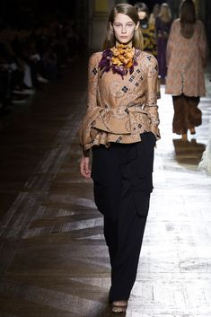 http://www.style.com/slideshows/fashion-shows/fall-2015-ready-to-wear/dries-van-noten/collection/37