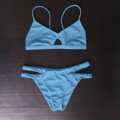 ♻️ Made seamlessly from recycled fishing nets recovered from our oceans. Barekini can accommodate those who have a bigger bust with a small to average under bust. The fixed support band has 3 notches to choose from and remains the same measur Cut Out Bikini, Sexy Bikini, Thong Bikini, Bikini Bottoms, Bikini Tops, Bikini For Curves, Swimsuits, Bikinis, Swimwear