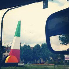 #instagramYourCity #Turin #tricolore #flag #traffic #crossroad - @evamassaro- #webstagram