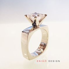 Diamond Rings 2017 / 2018 : Image Description Contemporary simple square engagement ring white gold Princess cut – Custom Made to Order ETSY :: sleek modern wedding Bijoux Design, Schmuck Design, Jewelry Design, Diamond Jewelry, Jewelry Rings, Fine Jewelry, Jewelry Accessories, Jewellery, Jewelry Ideas
