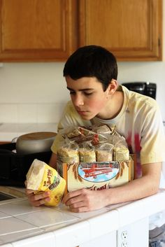 Grocery Geek Q&A: Feeding Teens without Going Broke - Feeding your teenagers healthy and economical food is not impossible. Here are 8 tips for feeding teens without going broke.