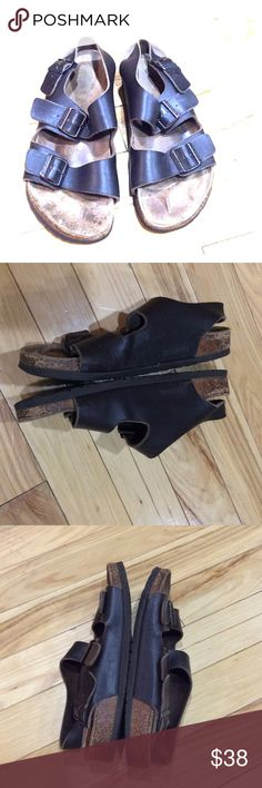 Men's Birkenstocks sz 10 / 42 dark brown leather Men's Birkenstocks size 10 three adjustable strap dark brown leather have a few scratches on the photo for details very comfortable non-smoking home fast delivery at an excellent price get them today Birkenstock Shoes Sandals & Flip-Flops