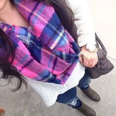 Bright and plaids, FTW.   photo cred: @daisysosassy