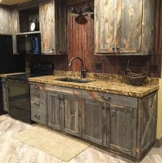 23 New Ideas For Decor Rustic Diy Kitchen Islands Small Farmhouse Kitchen, Farmhouse Kitchen Cabinets, Rustic Kitchen Decor, Diy Cabinets, Kitchen Cabinet Design, Diy Kitchen, Rustic Decor, Kitchen Ideas, Kitchen Wood