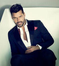 International Superstar Ricky Martin Announces Las Vegas Residency at Park Theater at Monte Carlo Pop Musicians, Latin Music, Latest Tops, Best Wear, Well Dressed Men, Good Looking Men, Night Club, Superstar, Beautiful Men