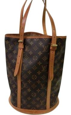 84c7dc8c1f1e27 Get one of the hottest styles of the season! The Louis Vuitton Bucket Gm  Brown Monogram Canvas and Leather Tote is a top 10 member favorite on  Tradesy.
