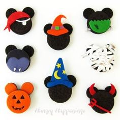 Cheesecakes, Cake Pops, Mickey Mouse Cookies, Disney Cookies, Chocolate Shells, Chocolate Popcorn, Chocolate Cake, Halloween Cookies, Halloween Treats