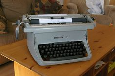 Underwood Touch Master 5 wide-carriage 1962