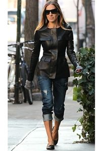 Level 99 Relaxed Lily Carpenter Jeans in Nolan as Seen On Sarah Jessica Parker