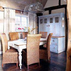 Esszimmer Wohnideen Möbel Dekoration Decoration Living Idea Interiors home dining room - Land Esszimmer mit Rattan-Möbeln