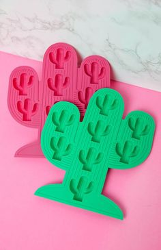 Sunnylife - Cactus Ice Trays - Pink/Green | Apartment | Peppermayo
