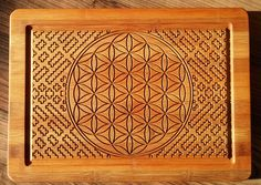 Bamboo plate with Flower of life and Shipibo.