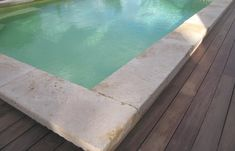 Pavage and Margelle - Ambiance provence - Stones & Marbles areas English Country Decor, Dream Pools, Terrazzo, Provence, Swimming Pools, Exterior, House Design, Outdoor Decor, Marbles