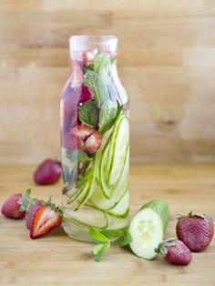 Detox Water fraise concombre