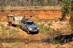 Helen sent us this fantastic shot of her UEV crossing the Munja Track off the Gibb River Road.