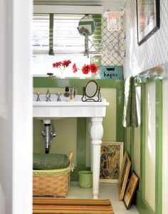 Love the green on green paneling.