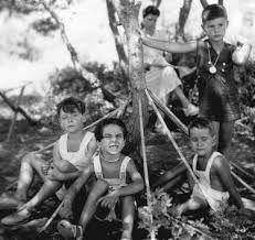 Πόλεμος Old Games, Games For Kids, The Old Days, Athens, Old Photos, Greece, Past, Old Things, Memories