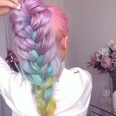Today we are going to talk about those gorgeous braid styles. I will show you the best and trendy hair braid styles with some video tutorials. Hair Color Purple, Cool Hair Color, Green Hair, Hair Colors, Pretty Hairstyles, Braided Hairstyles, Hairstyles Men, Mermaid Hairstyles, Scene Hairstyles