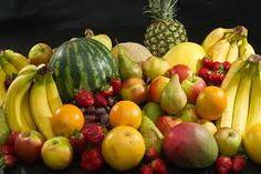 Terhesség alatt, amit még tehetsz kisbabád és magad egészsége érdekebén ha csak kellően átsütött húsételeket, alaposan megmosott gyümölcsöket-zöldségeket fogyasztasz.