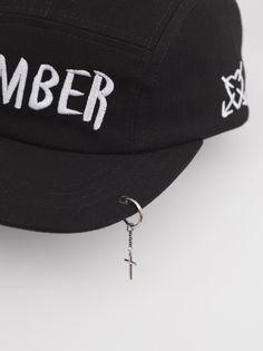 c1c69bdbfb3 Mother Eleganza - bomber CAP