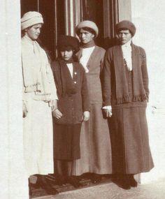 Maria, Anastasia, Olga and Tatiana, Livadia, 1913