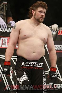 """UFC Fighter - Roy """"Big Country"""" Nelson. Down to earth guy always willing to take time to meet his fans!"""