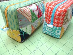Bee In My Bonnet: Zakka Along 2.0 Patchwork Please/Triangle Patchwork Box Pouch and Giveaway's Galore!!!...