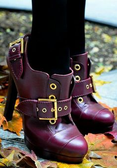 Fancy - Alexander McQueen Buckled Oxford Bootie--Love the purple and the buckle. Pumps, Stilettos, High Heels, Bootie Boots, Shoe Boots, Shoe Bag, Ankle Boots, Shoes Heels, Cute Shoes