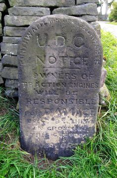 Ingbirchworth Traction Engine Stone.     Gunthwaite and Ingbirchworth UDC Notice owners of traction engines will be responsible for damage done by them on crossing this culvert. By Order          GRID: SE 22395 05618  GE:  53.546726 -1.663491