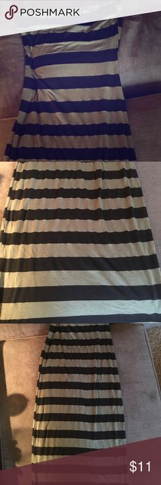 Bebe maxi striped Olive green and black striped maxi. 2b Bebe. Xs. Very cute bebe Dresses Maxi
