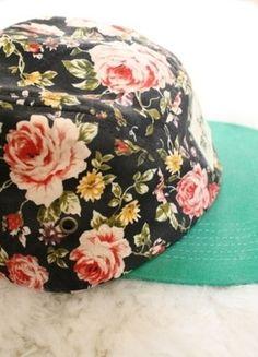 Kup mój przedmiot na #vintedpl http://www.vinted.pl/damska-odziez/inne-ubrania/10181933-czapka-5-panel-floral-true-spin