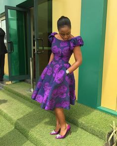 Ankara short gowns for true 2019 fashion killers with amazing Ankara fabrics that will give you perfect design. Ankara Short Gown, Ankara Gown Styles, Short Gowns, Ankara Gowns, Ankara Dress, African Fashion Ankara, Latest African Fashion Dresses, African Print Dresses, African Print Fashion