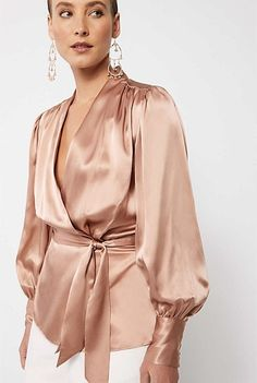 Classy Outfits, Chic Outfits, Fashion Outfits, Evening Outfits, Striped Scarves, Couture Tops, Wrap Blouse, Lace Tops, Fashion 2020