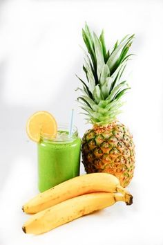 Cucumber Pineapple Green Smoothie – fastPaleo