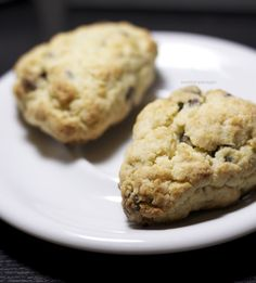 I posted these scones long ago when I first started my Instagram account, and when I came across the photos in my computer last week, I remembered how delicious these scones were and just had to share the recipe. I used to make a lot of treats like these when I first went vegan, and... Read More »