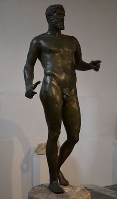 Larger than life-size bronze statue of Septimius Severus depicted in heroic nudity, discovered by chance in 1928 near the village of Kythrea in Cyprus, Cyprus Museum, Nicosia | da Following Hadrian
