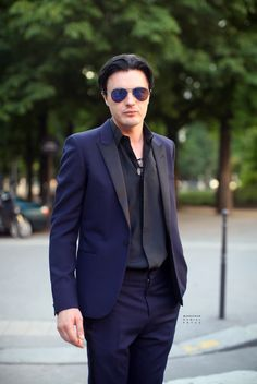 Michael Pitt in Paris