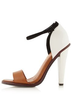 Love the heel shape, love the white+tan+black combo, love the thin ankle strap... Just perfectly yummy if you ask me.