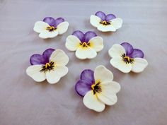 6 gumpaste pansies, sugar flowers for cake decorating, flower cupcake toppers…