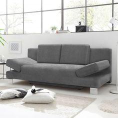 Das moderne #Schlafsofa TURIN in #Grau lässt sich blitzschnell in eine #Schlafoase verwandeln. Super praktisch: Der geräumige #Bettkasten, welcher ausreichend #Stauraum für #Bettdecken und #Kissen bietet. Lasst Euch auf unserer Webseite von unseren #Schlafsofas inspirieren.   #schlafen #schlafsofas #couchtime #sofatime #sofas #sofabed sofamodern #sofadesign #zuhausesein #naturliebe #interior #wohnen #wohnideen #madeingermany #querschläfer #ausziehcouch Sofa Design, Turin, Super, Modern, Love Seat, Couch, Furniture, Home Decor, Bed Covers