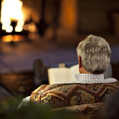 un #libro e un #caminetto #letture #inverno
