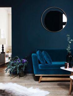 Dark Blue Living Room Maison Home Decor Dark Interiors Blue Rooms Cozy Living Rooms, Living Room Decor, Living Spaces, Apartment Living, Living Area, Apartment Design, Dining Rooms, Blue Rooms, Blue Walls